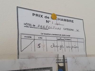 Chambre 40 : 353€, charges comprises